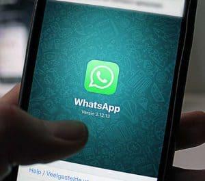 Whatsapp messenger customer chat